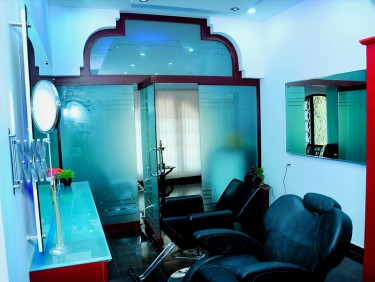Bliss beauty solutions & makeup Studio interior4